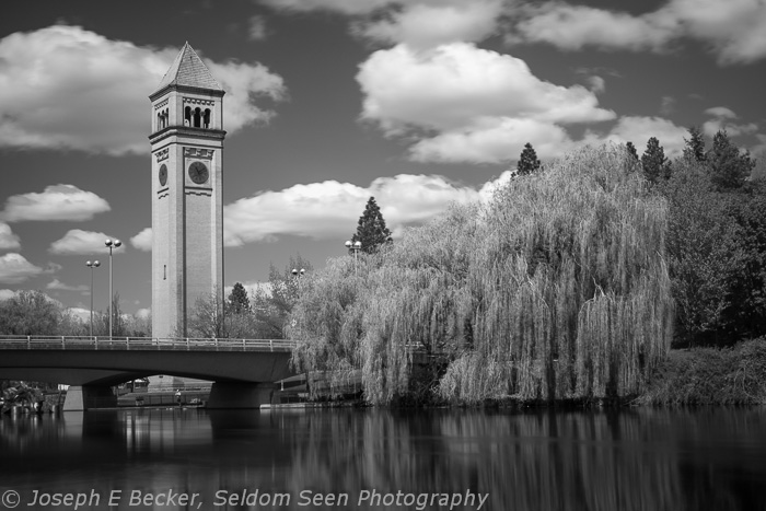 Same scene shot with an infrared filter