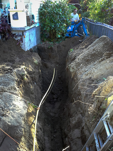 Digging the side sewer