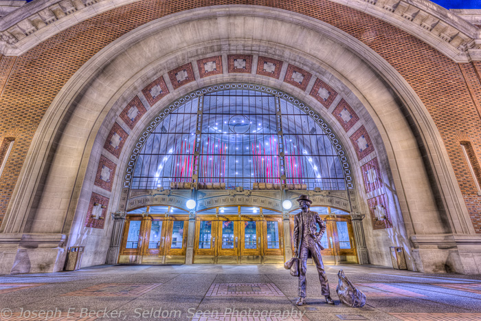 Union Station - grungy HDR look