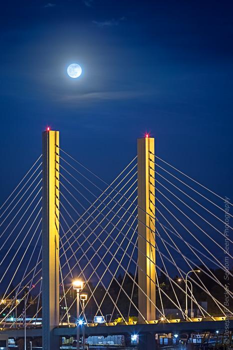 Full Moon Tacoma