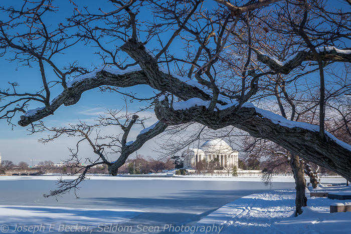 Jefferson Memorial in Winter