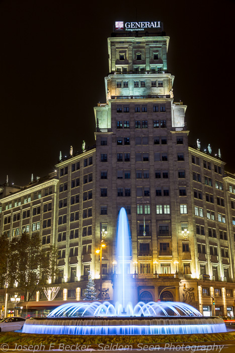 Barcelona is home the famous Magic Fountains, but there are many other fountains in the city as well, such as this one in the middle of the intersection of Passeig de Garcia and Gran Via de Les Corts Catalanes