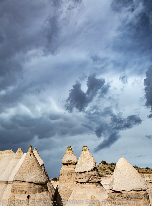 Dark sky above the tents in the canyon