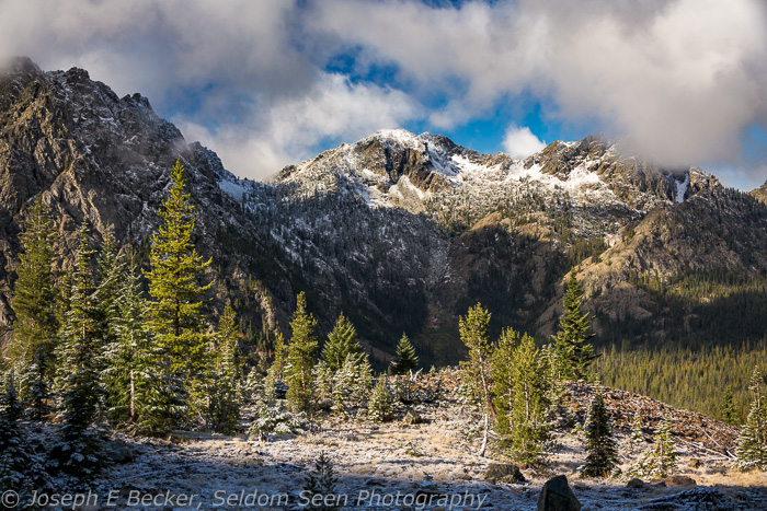 Esmeralda Peaks as viewed from the trail up to Ingalls Pass