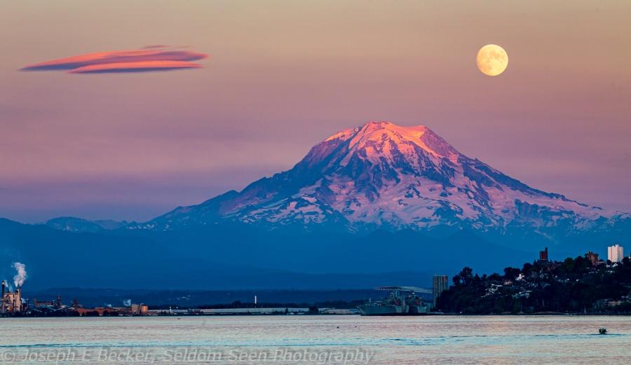 Rainier Moon 3